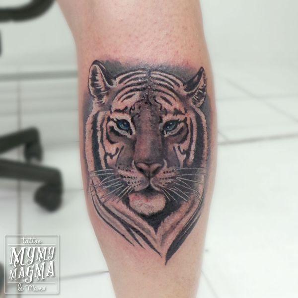 Tatouage de portrait d un tigre de sibérie
